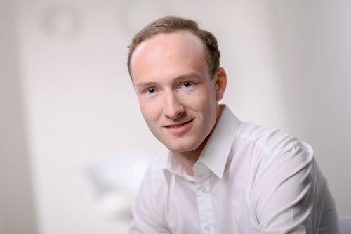 Dr Tobias Berger